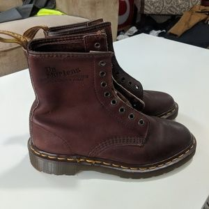 Almost New Dr. Martens England Boots Women's 1460